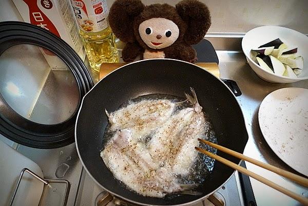 キス唐揚げ甘酢あんかけ焼き蕎麦のせの作り方(4)