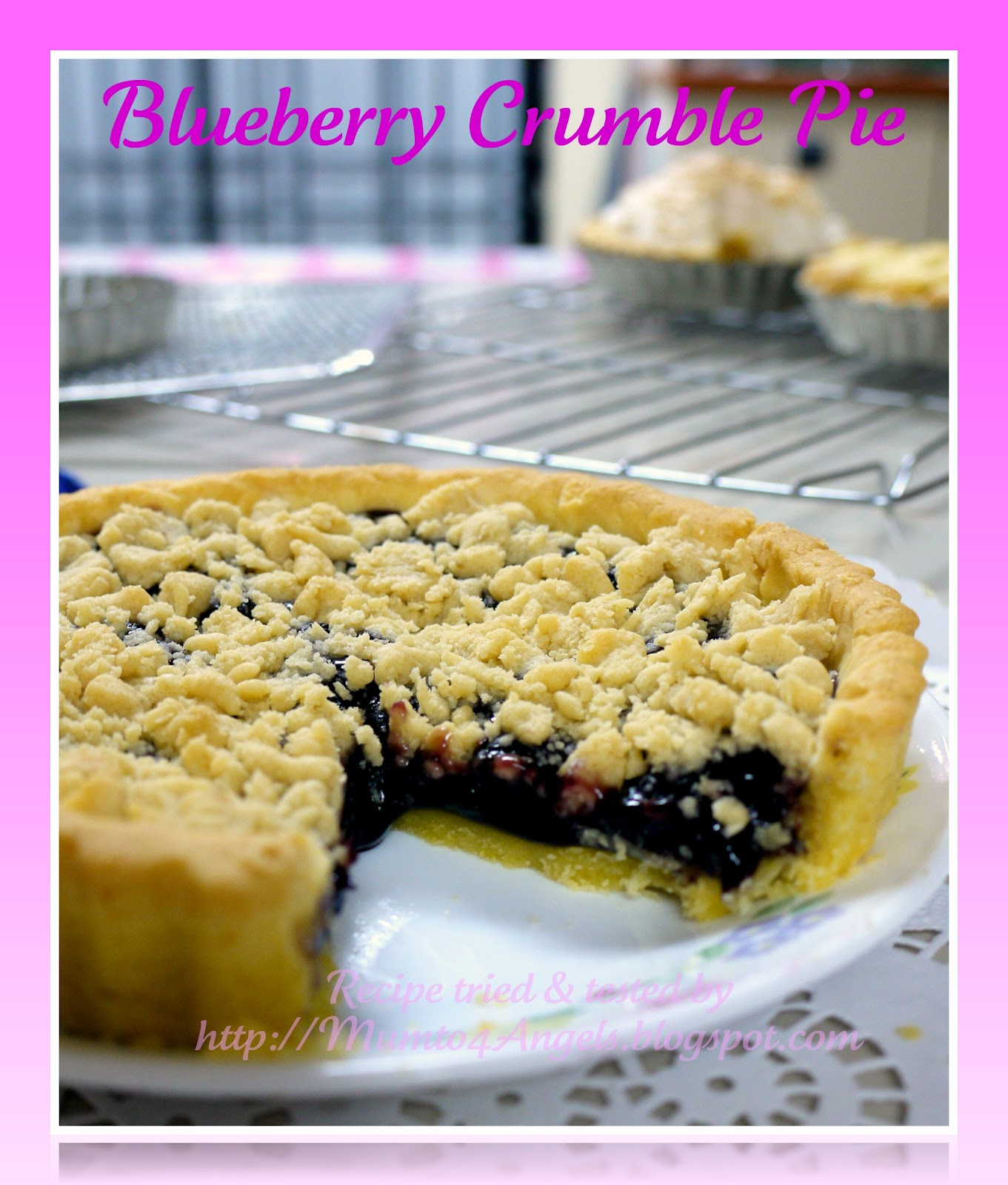 A Mum to 4 Angels: Blueberry Crumble Pie