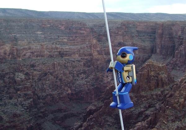 Robot Evolta daki Grand Canyon