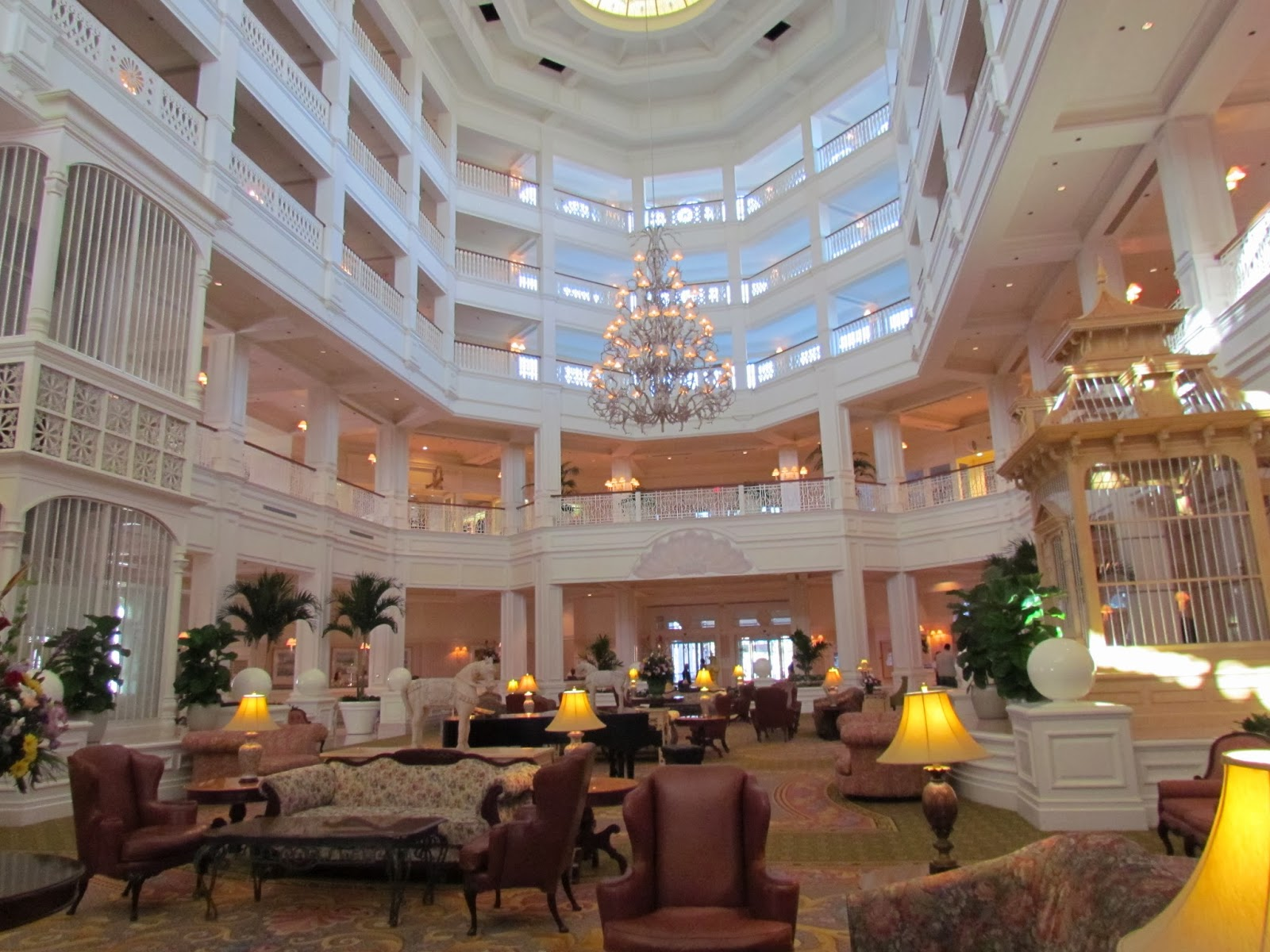 Where to stay on your first visit to walt disney world for Garden view rooms at disney beach club