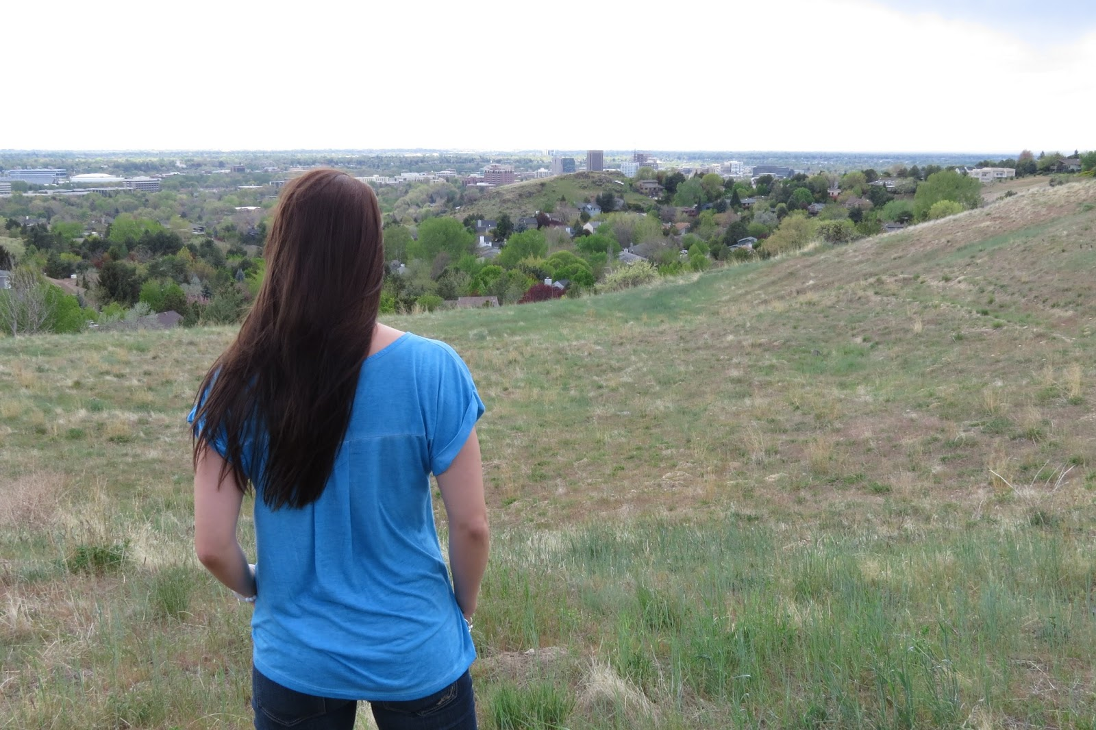 t-shirt and jeans, boise foothills