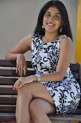 Dhanya Balakrishna latest dazzling pics-thumbnail-19