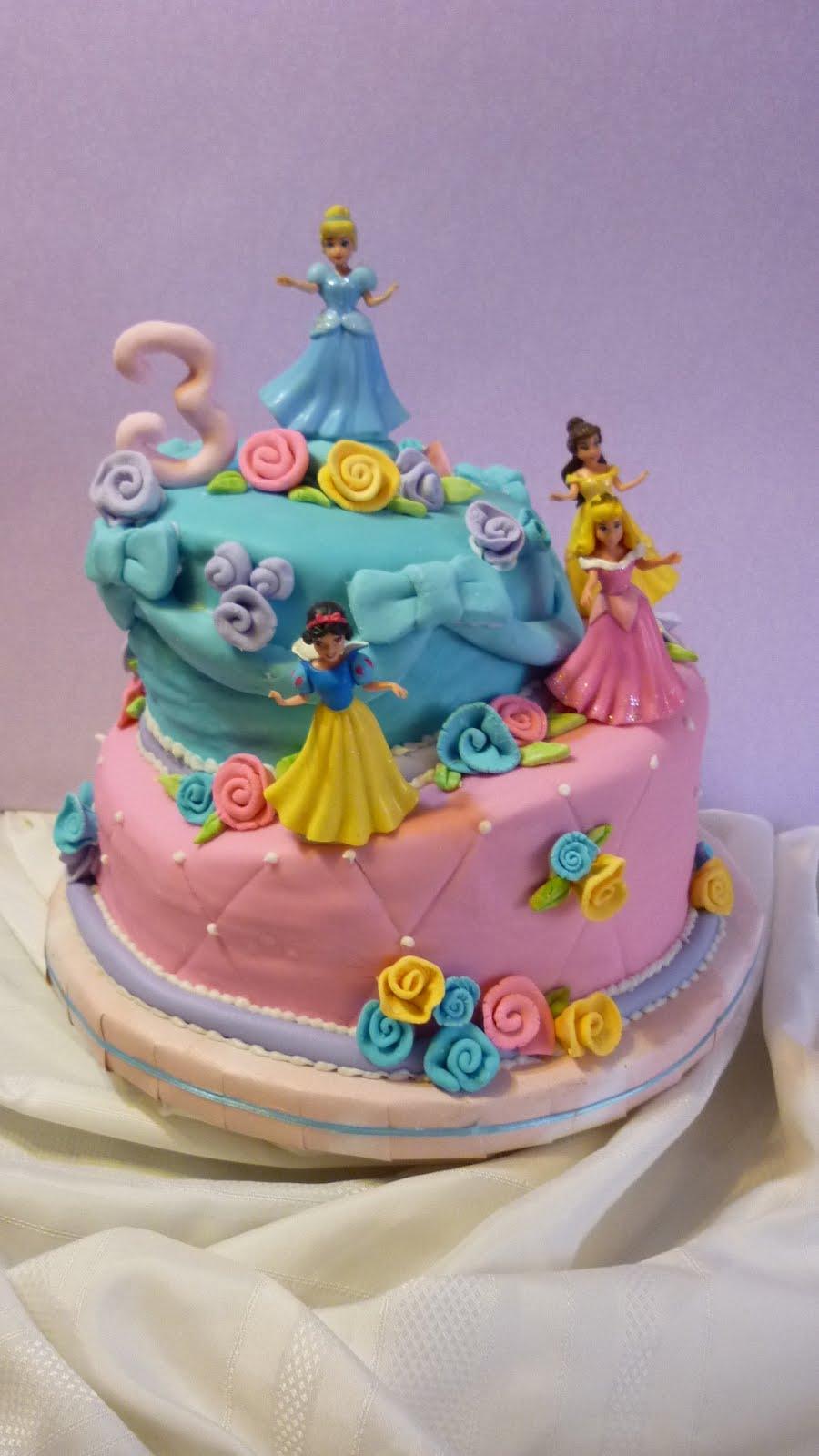 tortas artesanales arafran: tortas de cumpleaños infantiles.