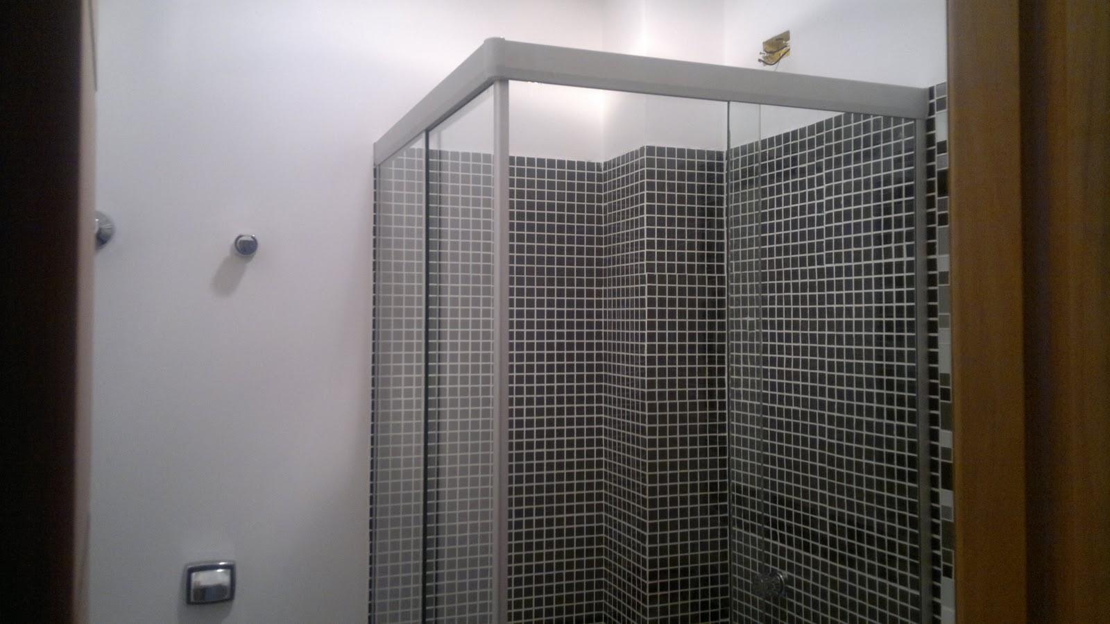 Almanaque do Vidro: BOX DE CANTO CONVENCIONAL NATURAL FOSCO DE CORRER #322C23 1600x899 Banheiro Com Box De Canto