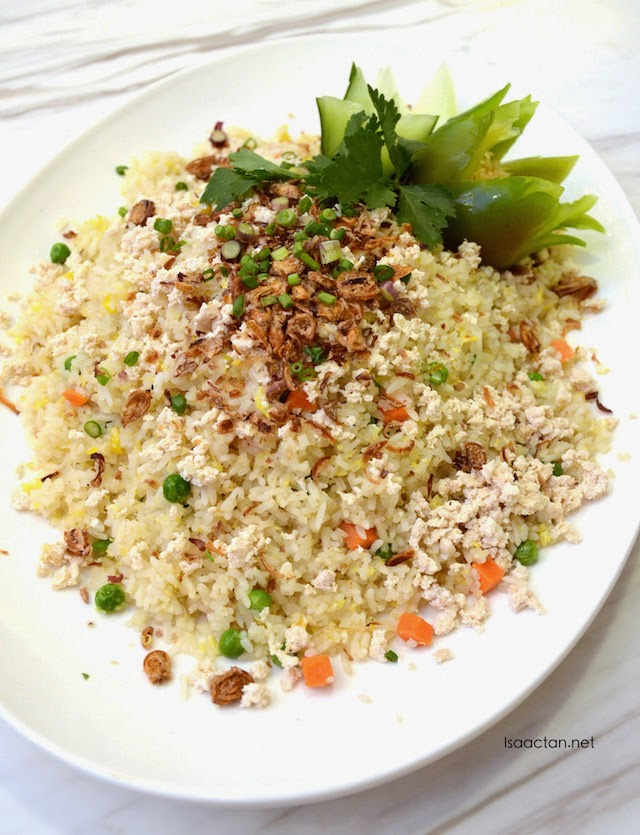 Fragrant fried rice with chicken