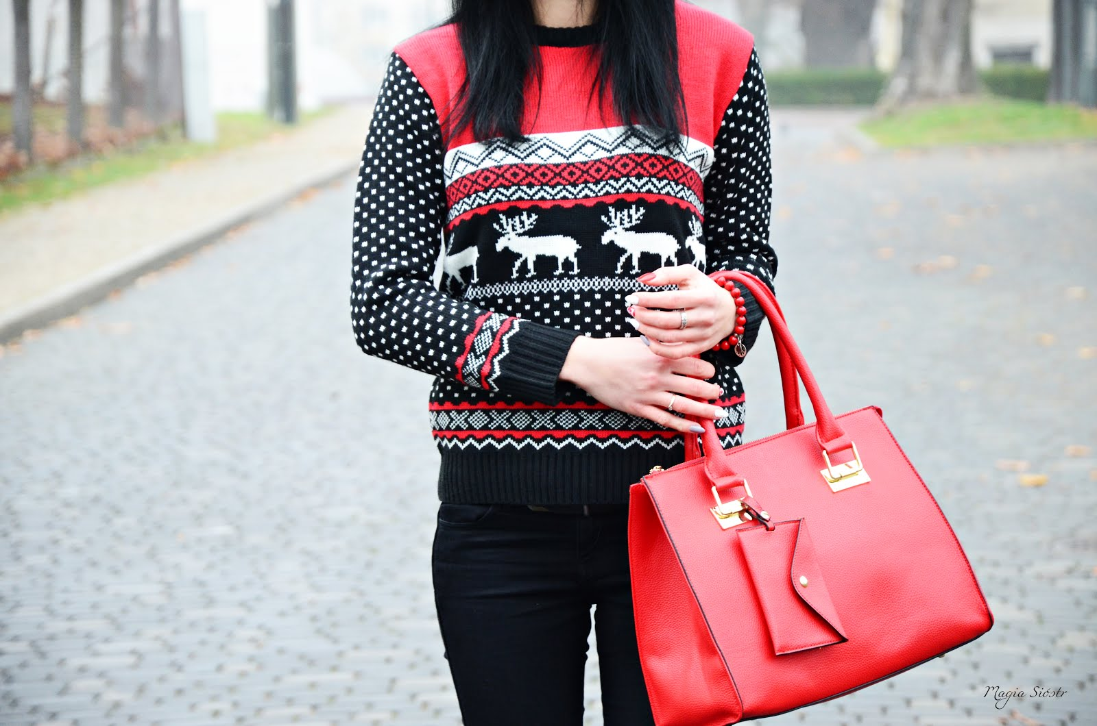 sweter świąteczny, stylizacja świąteczna, renifer, norweskie wzory