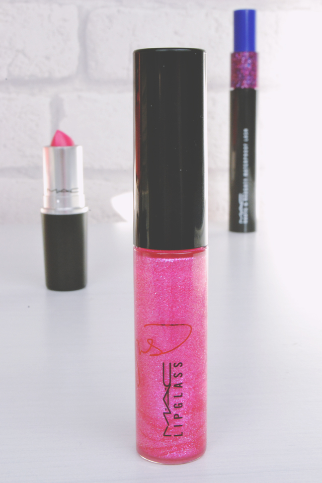 MAC Pink Make Up