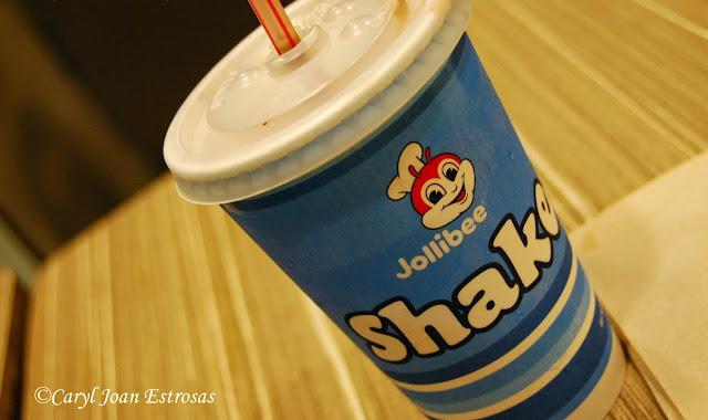 Hungry-pinay.blogspot.com: Jollibee