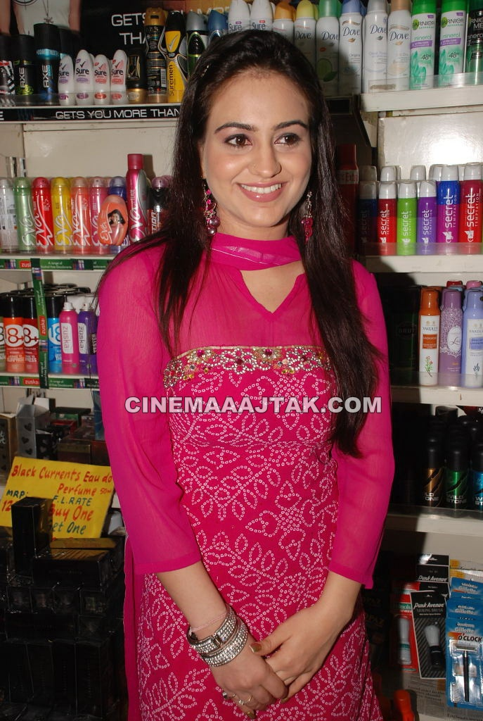 Aksha 1 - Aksha Launches Foodland Store Exclusive Images
