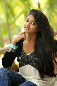 Ulka Gupta glamorous photos-thumbnail-4