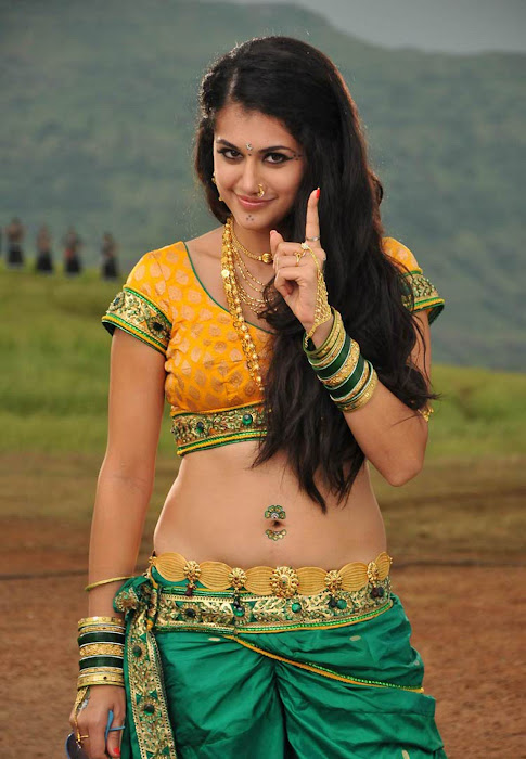 tapasee pannu in movie actress pics
