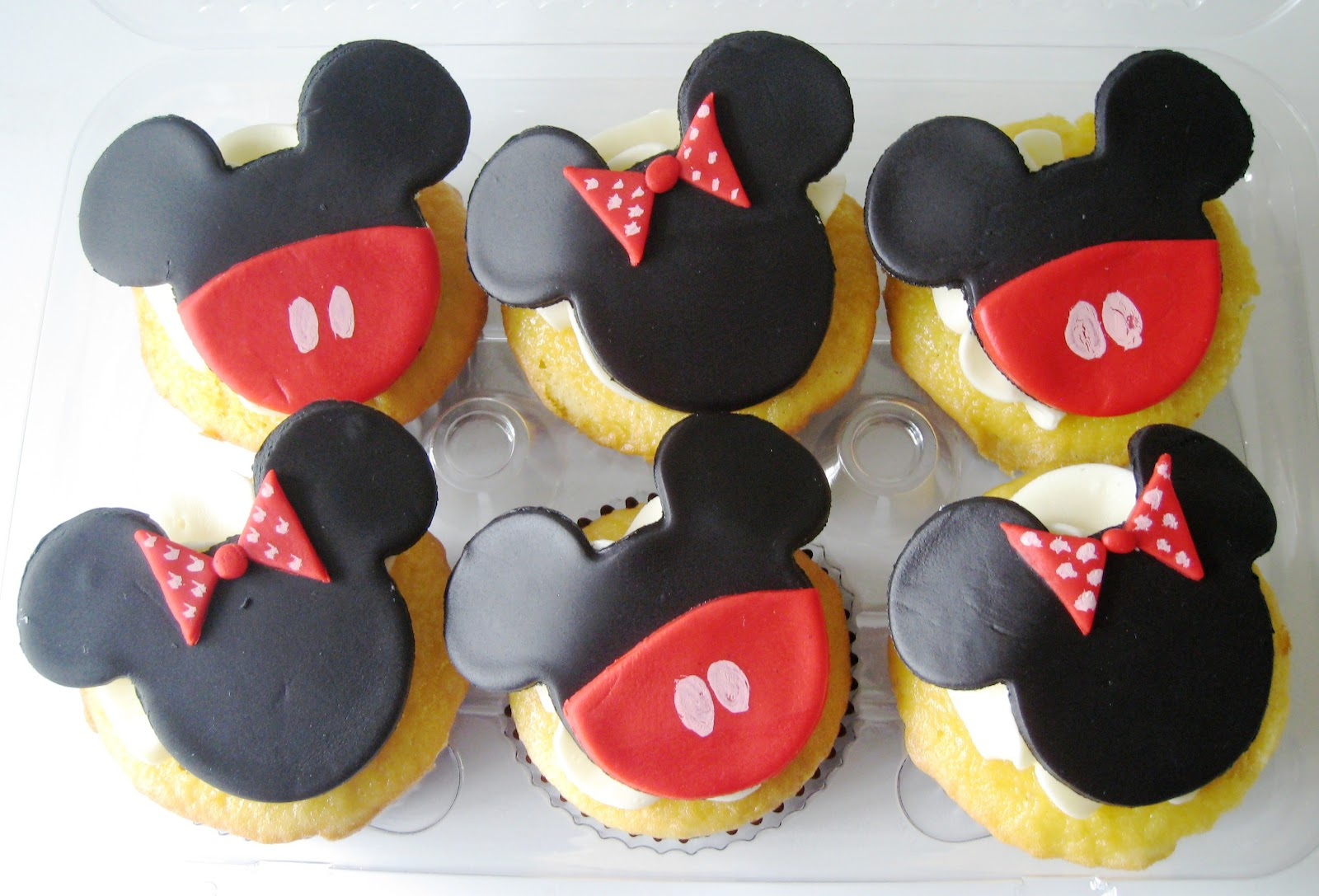 Mickey Mouse Wedding Decorations
