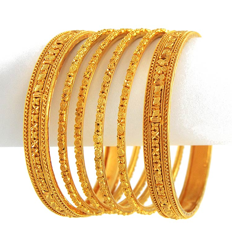 Take a look at the Amazaing Expensive Jewelry | Camandsuz