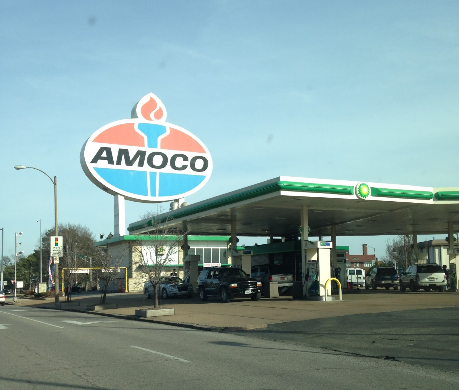 bp amoco case group 1 am Free essay: bp/amoco merger case group 1 keshavaraja alive stephen felkins therese jackson andrea marrical eric weiss executive summary prior to the merger.