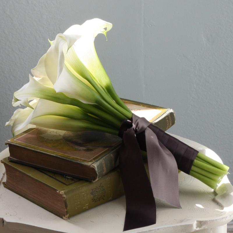 Top 10 wedding flowers Calla Lily