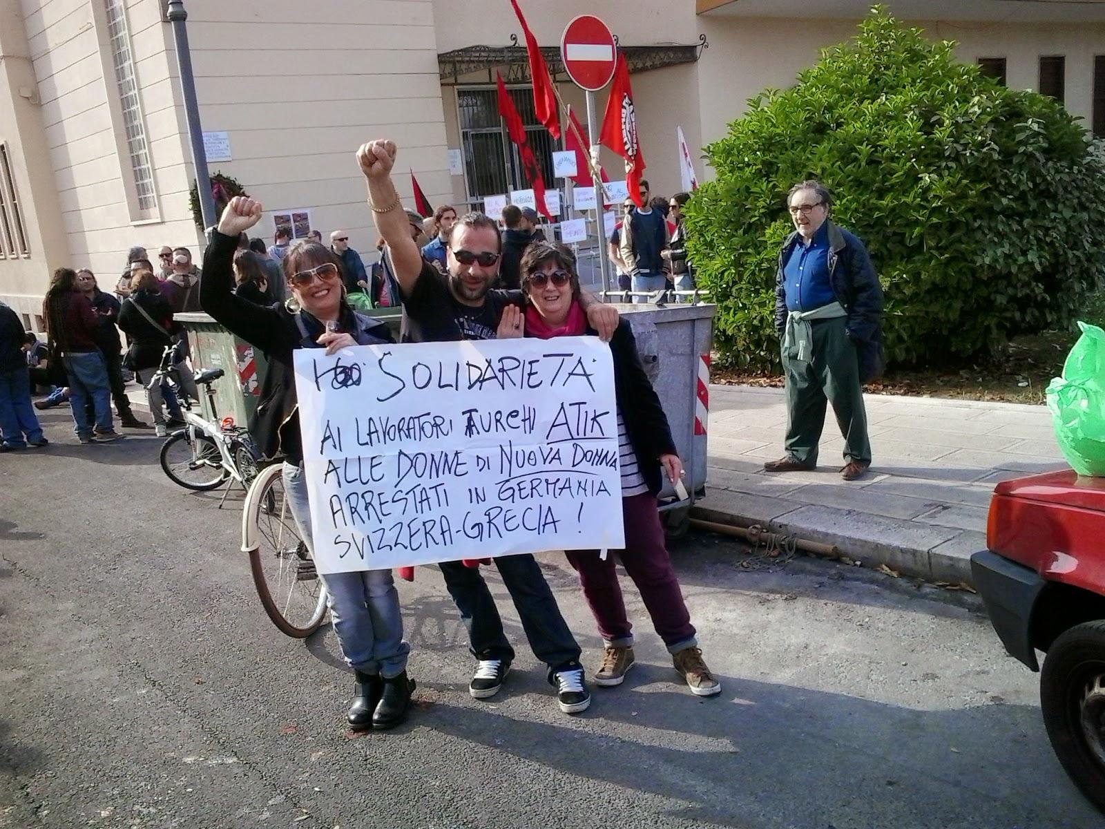 : circa 200 partecipanti alla manifestazione antifascista di taranto