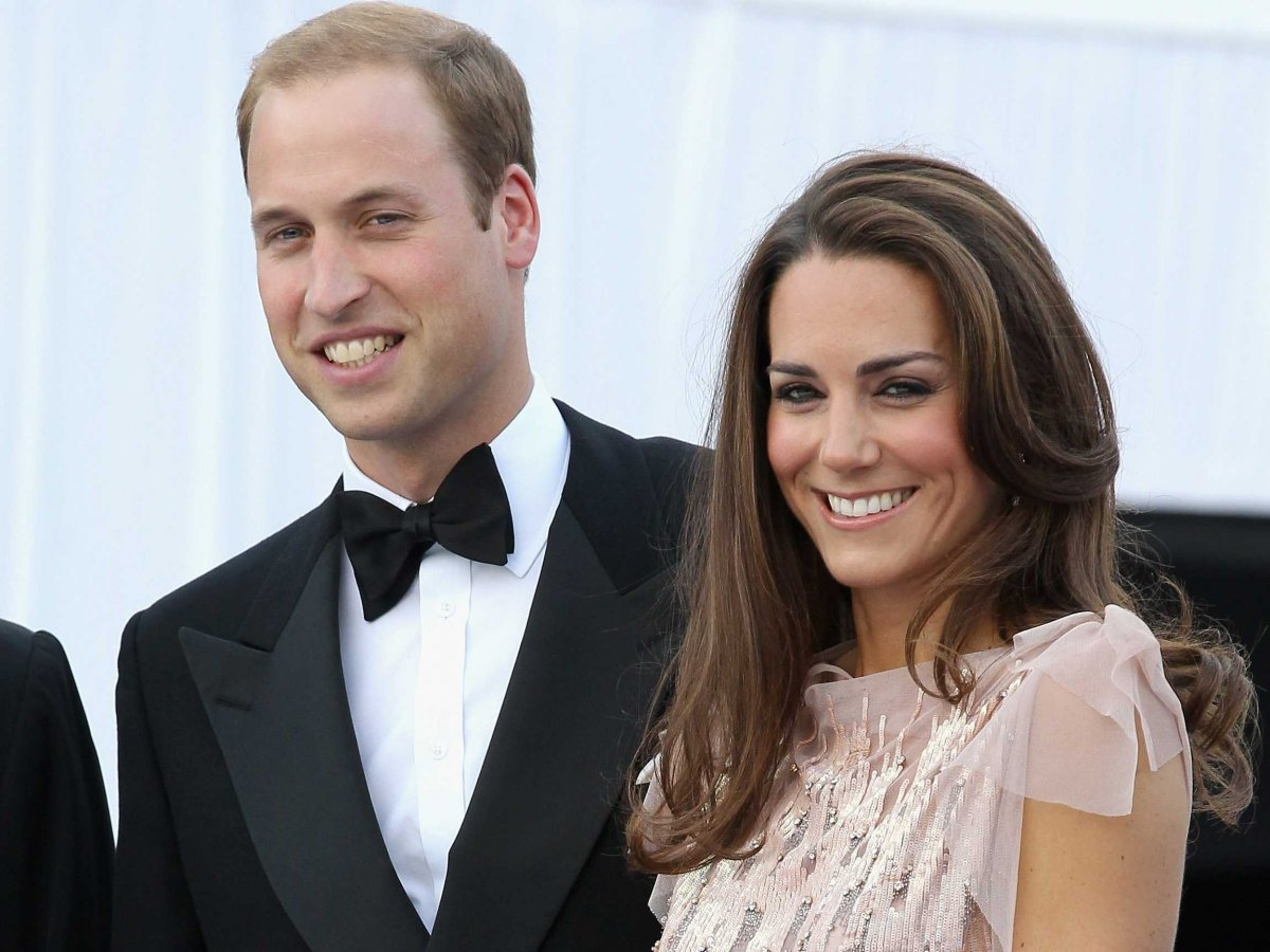A princess is born; Kate Middleton gives birth to a baby girl!