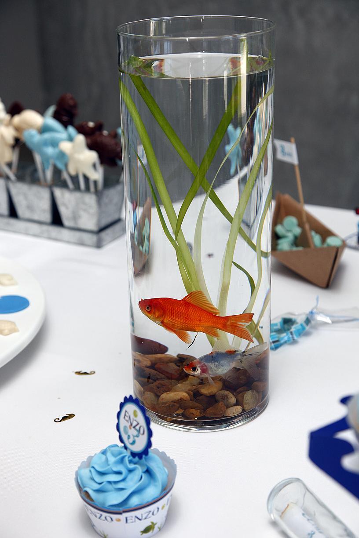 Related pictures centros mesa con flores bajo agua car for Centros de mesa con peceras