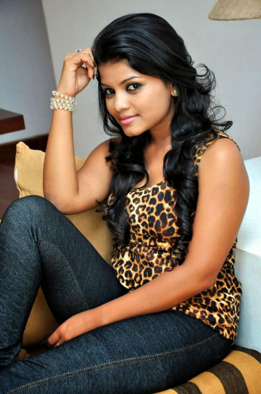 yureni noshika / Gossip Lanka News - Gossip Lanka News