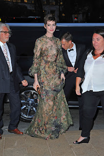 Anne Hathaway arrives at New York City Ballet Fall Gala