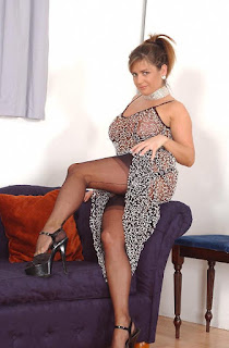 性感的成人图片 - sexygirl-Dodger_Nylons_See_Threw_Dress_DSC_0269-780069.jpg
