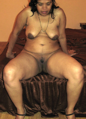 indian nude aunty