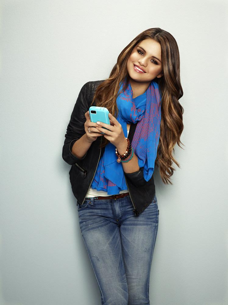 Selena Gomez biografía filmo películas videos fotos