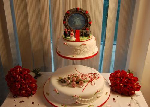 hiasan kue pengantin