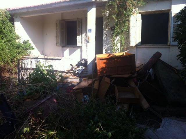 Επιχείρηση καθαρισμού εγκαταλειμμένης οικίας  που είχε μετατραπεί σε εστία μόλυνσης