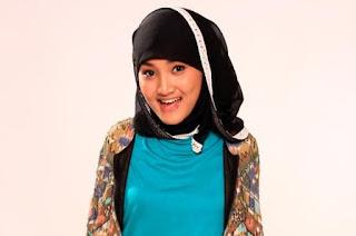 Jilbab Fatin Shidqia Lubis