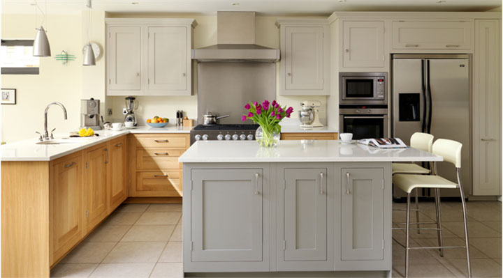 Featuring Harvey Jones Kitchens
