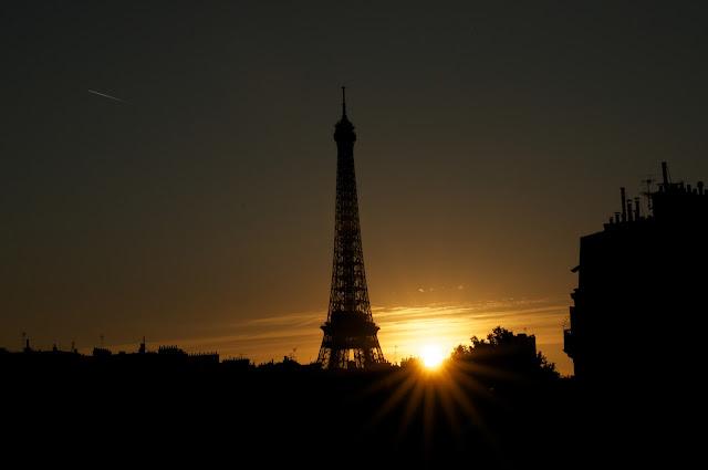 Paris, Perancis, Travelling, Eiffel, Menara Eiffel, Eiffel tower, tempat wisata, wisata, sunset in Eiffel, eropa