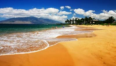 ظاهرة الشواطئ التى تأخذ ألوان مختلفة كألوان الطيف