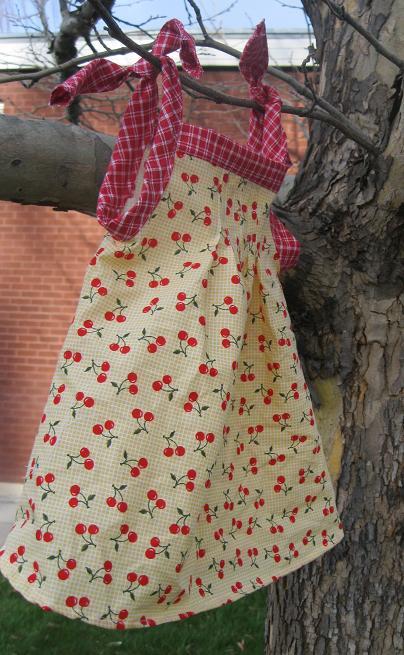 Pleated Baby Dress Tutorial Amp Free Pattern Peek A Boo