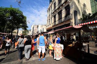 Sábado de programação multicultural e gratuita na Rua do Lavradio!