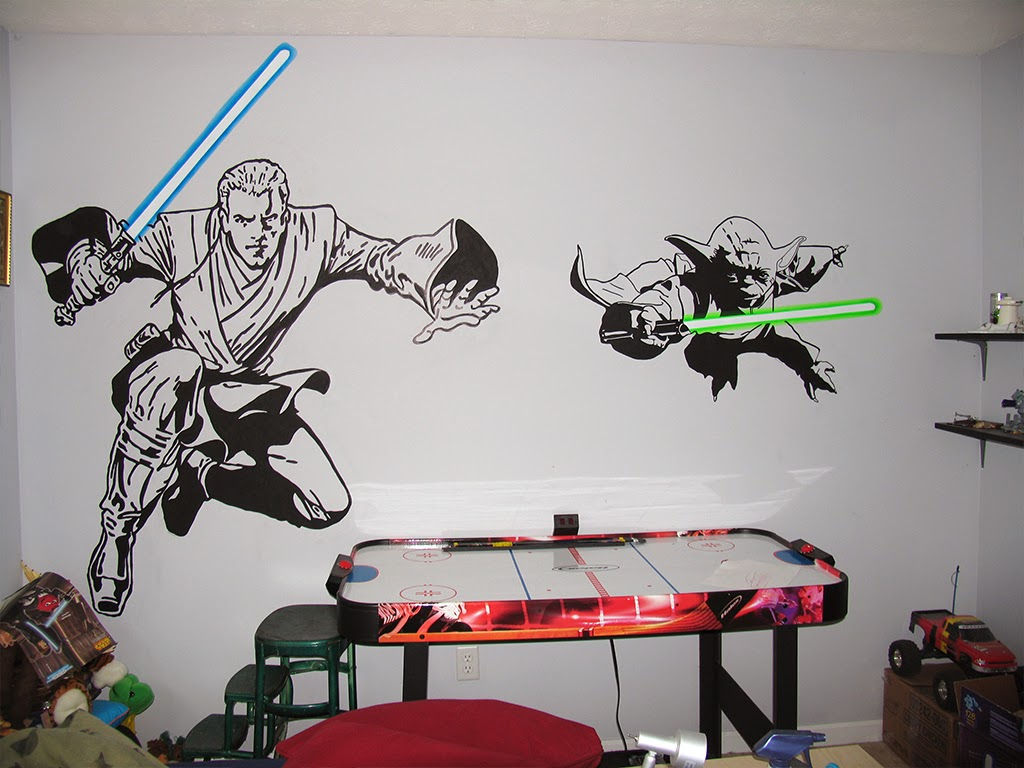 Wall painting of Anakin and Yoda