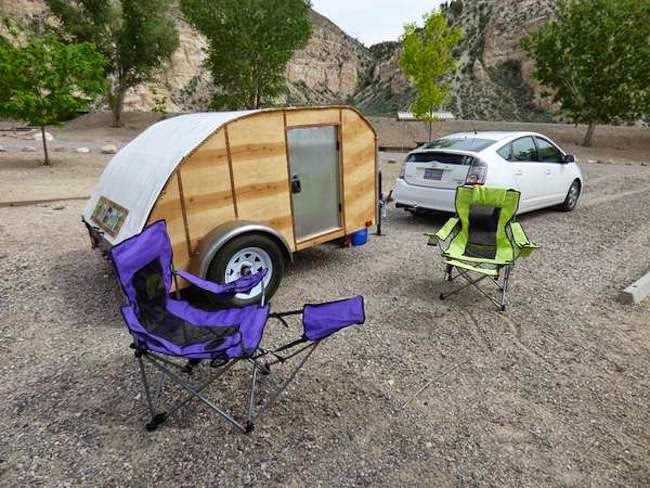 Tiny yellow teardrop do it yourself rv not only does the website have home built teardrop trailers but it includes small trailer and campers and some great ideas on how to make your own vehicle solutioingenieria Images