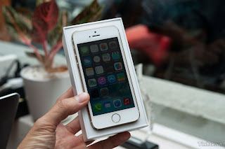 (Video) On hand open box iPhone 5s