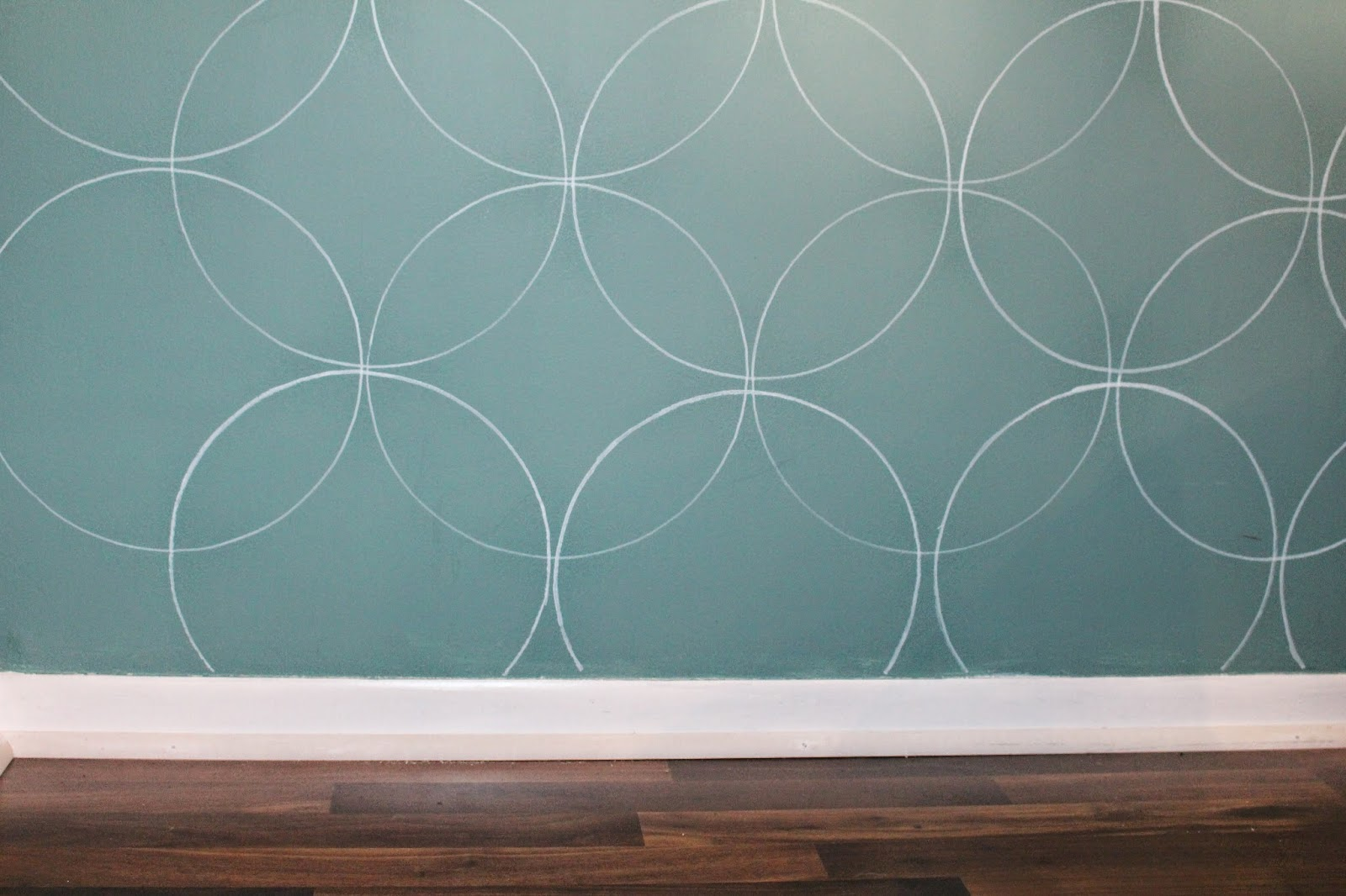 Easy diy wall stencil with a paint pen save amipublicfo Gallery