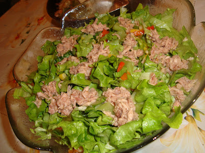 Смесена салата с риба тон