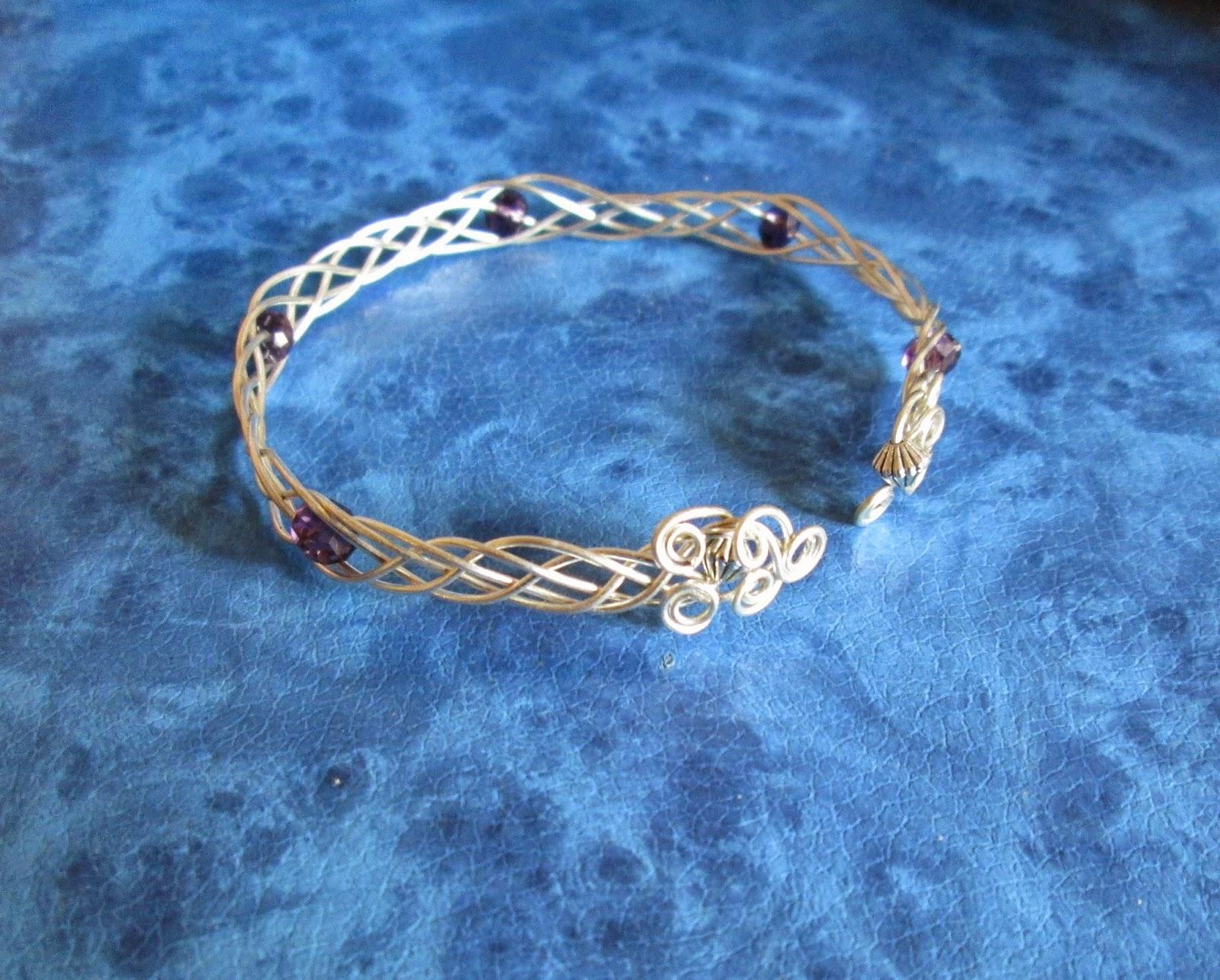 Swardaa: 5 -strand Wire Woven Bracelet - Tutorial Link