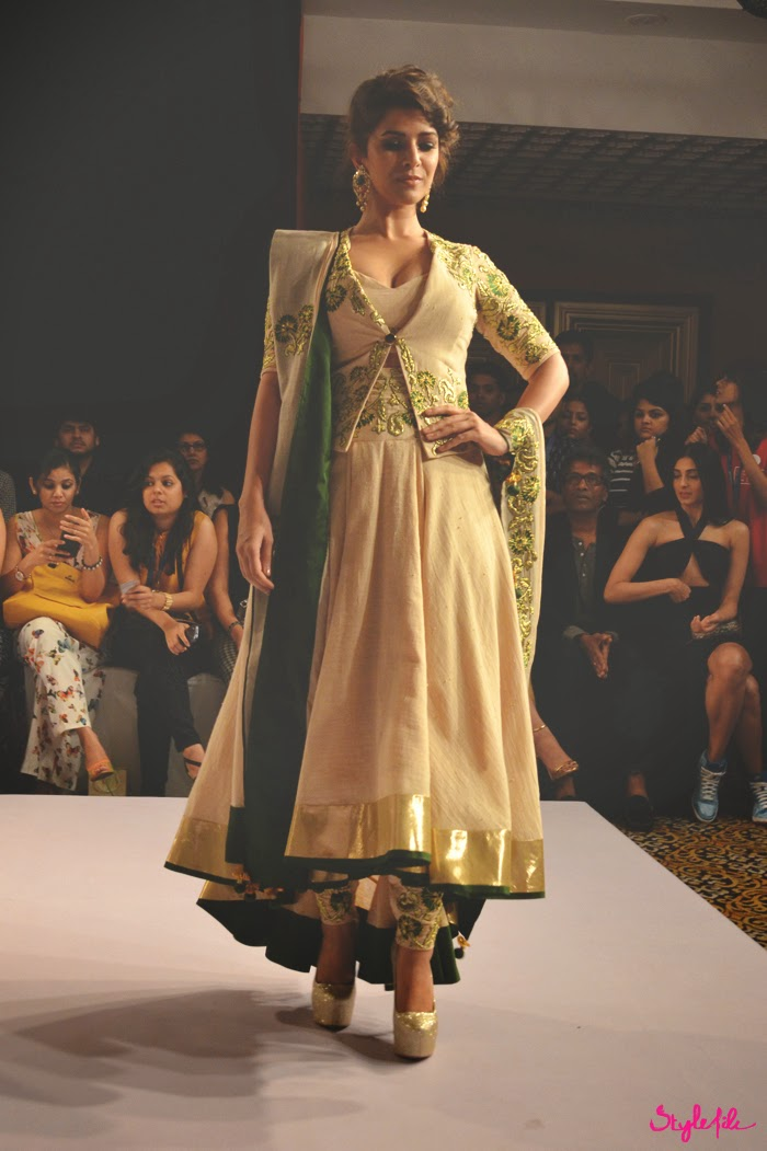 Lakme Fashion Week, LFW, Fashion Week, pernia qureshi, designer, model, anarkali, jacket, showstopper, nimrat kaur, bollywood, indian, ethnic