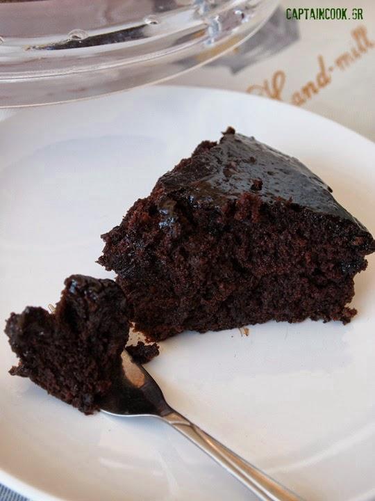 Νηστίσιμη Σιροπιαστή Σοκολατόπιτα