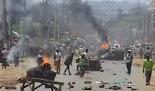 Η κενυατική αστυνομία σκότωσε τουλάχιστον δύο διαδηλωτές στην παραγκούπολη Μαδάρε του Ναϊρόμπι, κατά τη διάρκεια επεισοδίων που ξέσπασαν αφο...