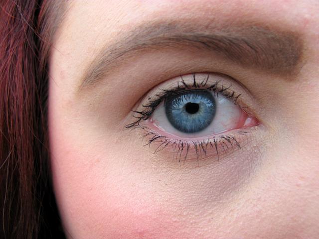 lancome-hypnose-star-mascara-lash-demo-swatch