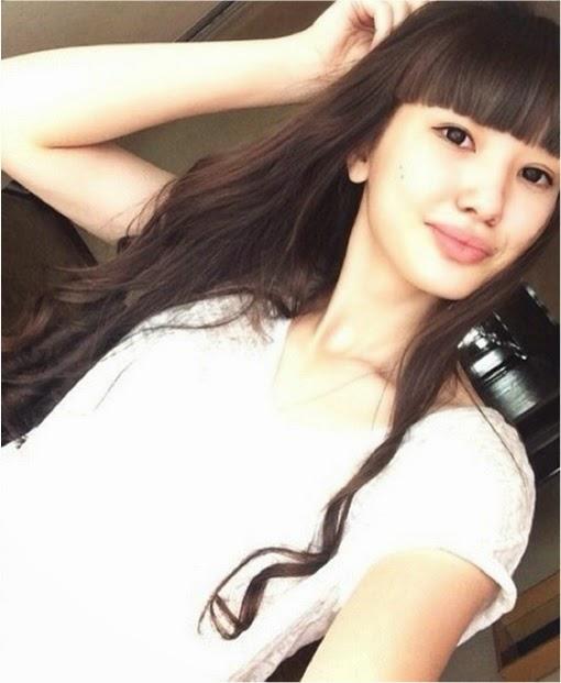 Meet the Beautiful Teen Sabina Altynbekova from Kazakhstan