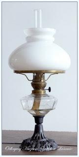 Lampa+naftowa+ze+zbior%25C3%25B3w+Muzeum-Zamku+w+%25C5%2581a%25C5%2584cucie%252C+Niemcy+XX+w..jpg