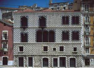 A Casa dos Bicos, edifício histórico do século XVI situado na Rua dos Bacalhoeiros, em Lisboa...