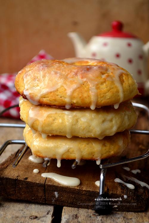 Baked Oatmeal Doughnut
