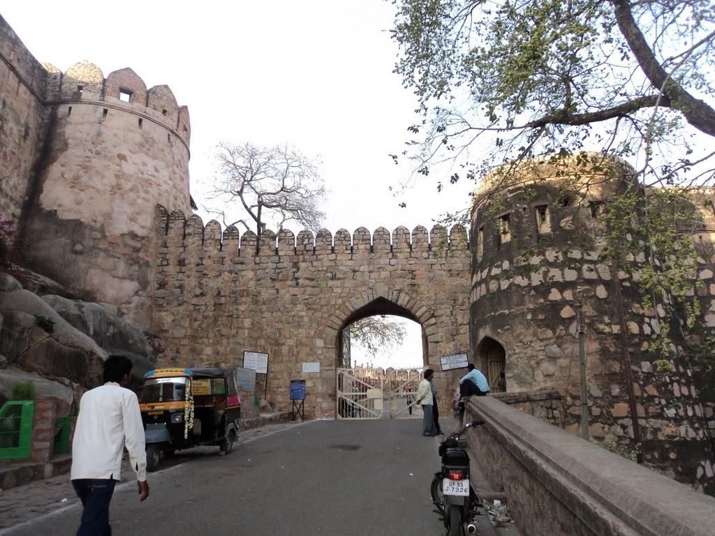 Jhansi India  City pictures : Jhansi Fort, Jhansi, Uttar Pradesh ~ Popular Temples of India